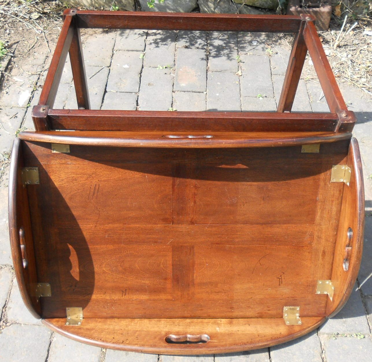 Coffee Table With Tray Top: Folding Tray Top Mahogany Coffee Table